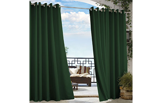 Ordinaire Enhance Your Outdoor Space With Beautiful Colorfast Curtains.